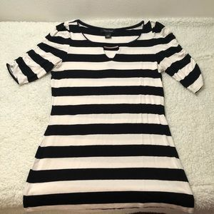 WHBM Black/White Striped Rushed Sleeve Top Size S